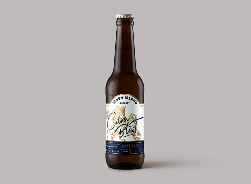 Blonde-Beer-Amber-Bottle-Mockupbarehanded-1-bottle.jpg