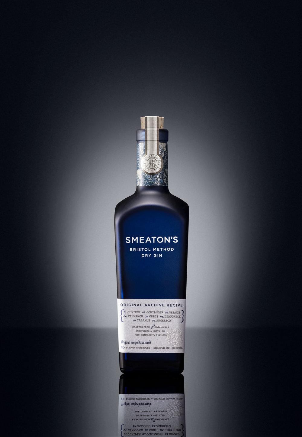 Smeaton_-_Single_Straight_Bottle.jpg