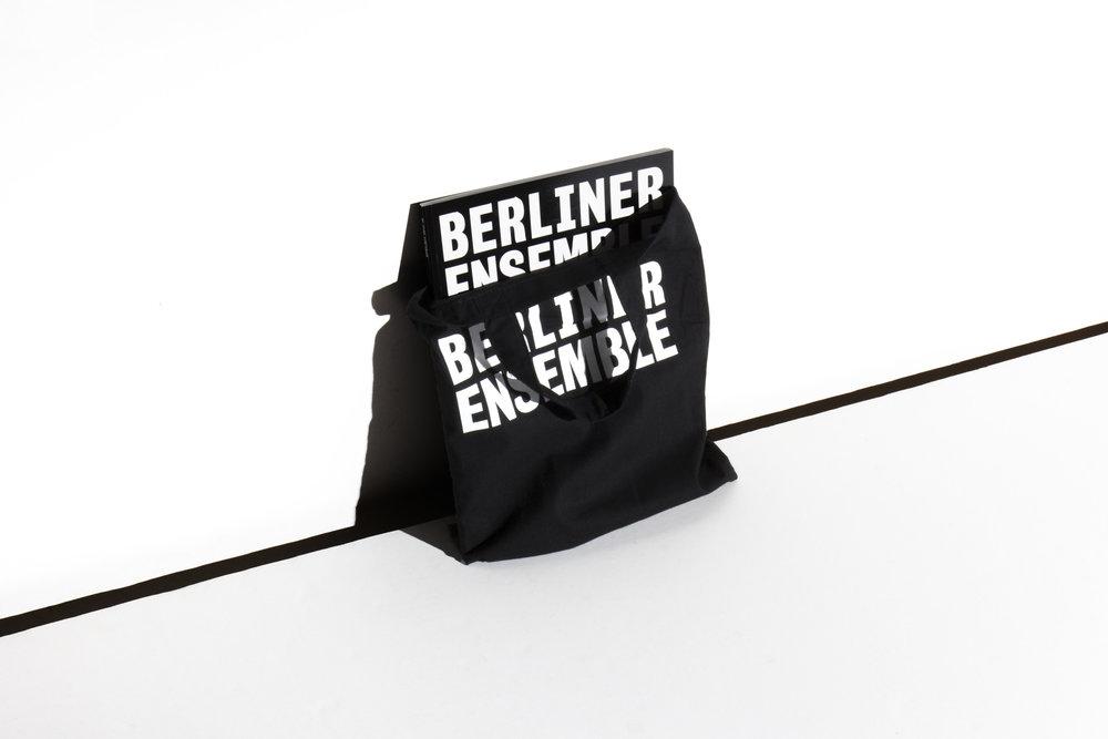 huge_BEEN_Spielzeitheft_BAG.jpg