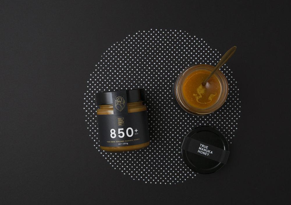02-True-Honey-Company-Branding-Packaging-New-Zealand-Marx-Design-BPO.jpg