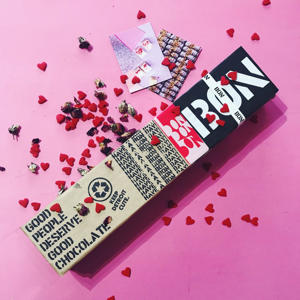 bon_bon_bon_valentine_s_box.jpg