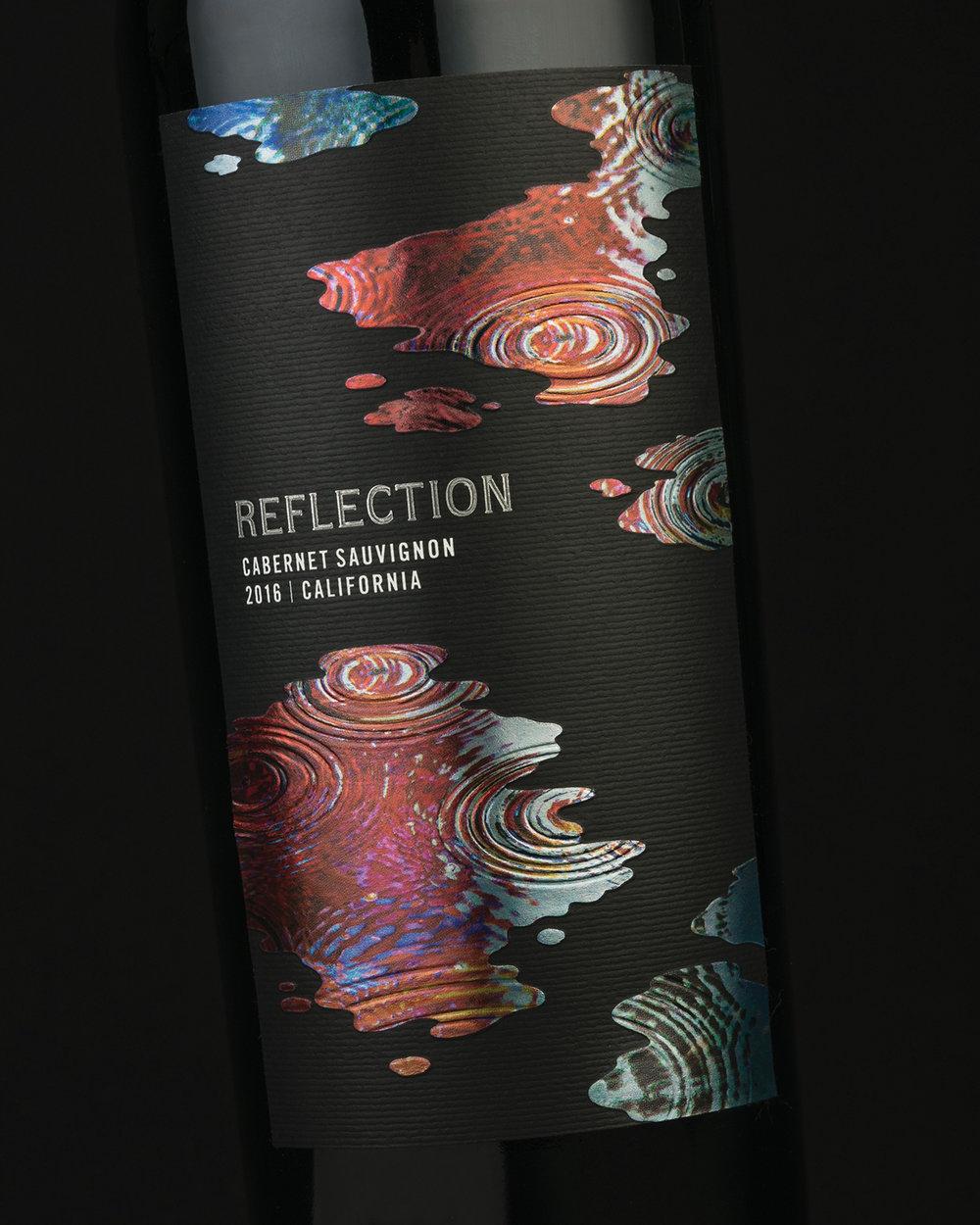 reflection_wine_black_closeup_sterling_creativeworks.jpg