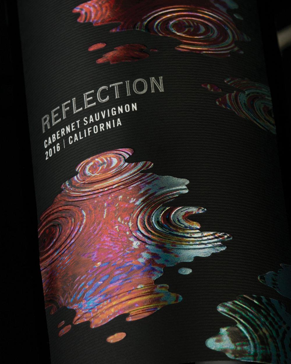 reflection_wine_black_closeup2_sterling_creativeworks.jpg