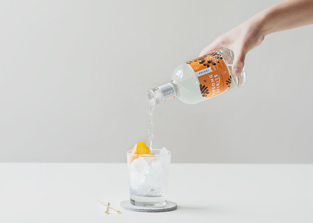 00_hand-pouring_5219.jpg