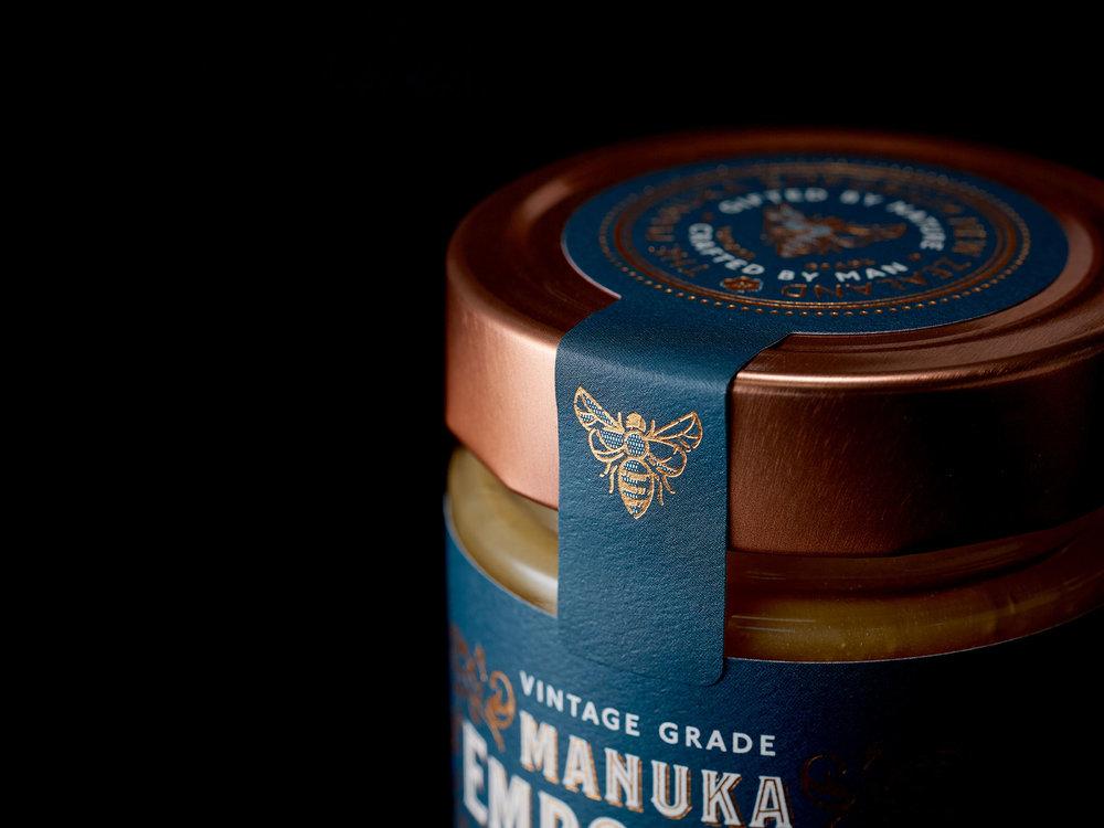 Onfire-Design-Manuka-Emporium-Honey-Packaging-Branding-Design-2400x1800-5.jpg