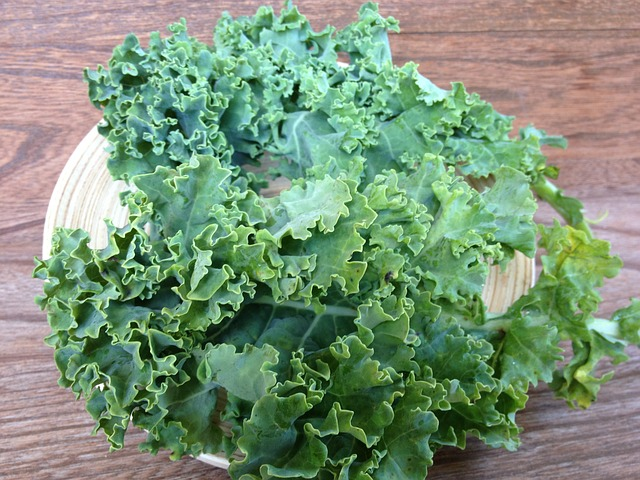 leafy-green-vegetables-kale-global-health-renegade.jpg