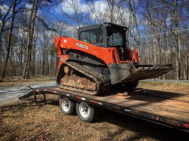 Our friends have some pretty badass toys. Time to move some dirt!  #reklaimindustriale #kubota #loader #trackmachine #trailer #dirt #heavyequipment #machine #dowork #bluecollar #smallbusiness #diesel #sundayfunday #countrylife #blueskies