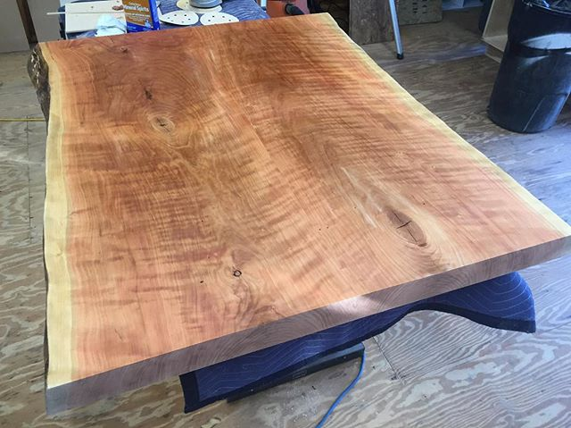 Quick shot of the cherry top after glue-up with a little bit of mineral spirits on it. This thing is really going to pop! #reklaimindustriale #dowoodworking #wood #cherry #liveedgewood #liveedge #island #kitchenisland #smallbusiness #bluecollar #grain #custom #fab