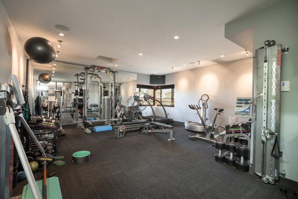 50- Fitness Center.jpg