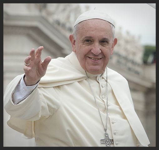 Canonization_2014-_The_Canonization_of_Saint_John_XXIII_and_Saint_John_Paul_II_(14036966125).jpg