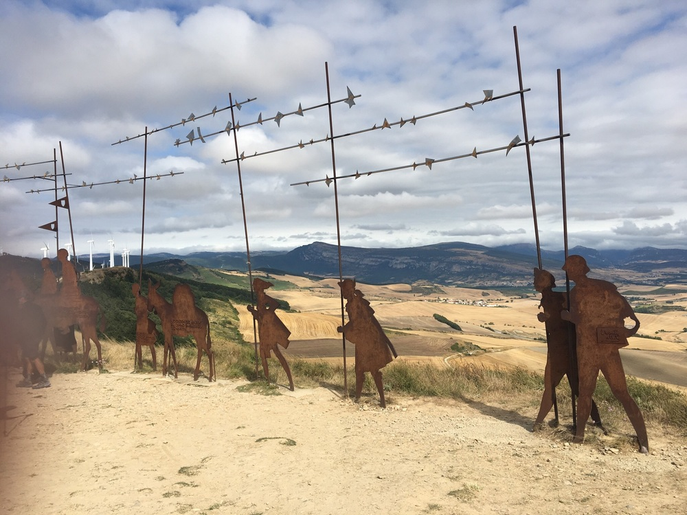 Pelegrino monument to hikers on Camino