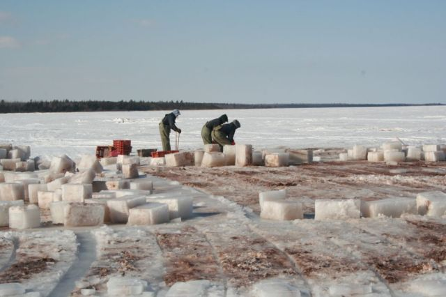 Ice_Fishing_022.jpg