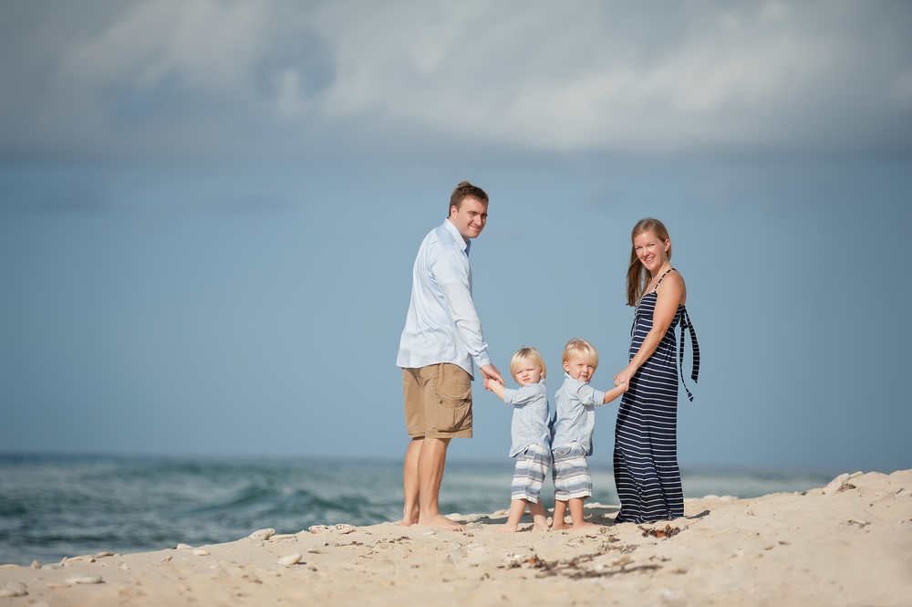 Grand Cayman family portrait photographer
