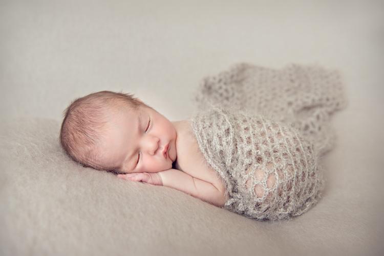 Beautiful maternity and newborn photography london