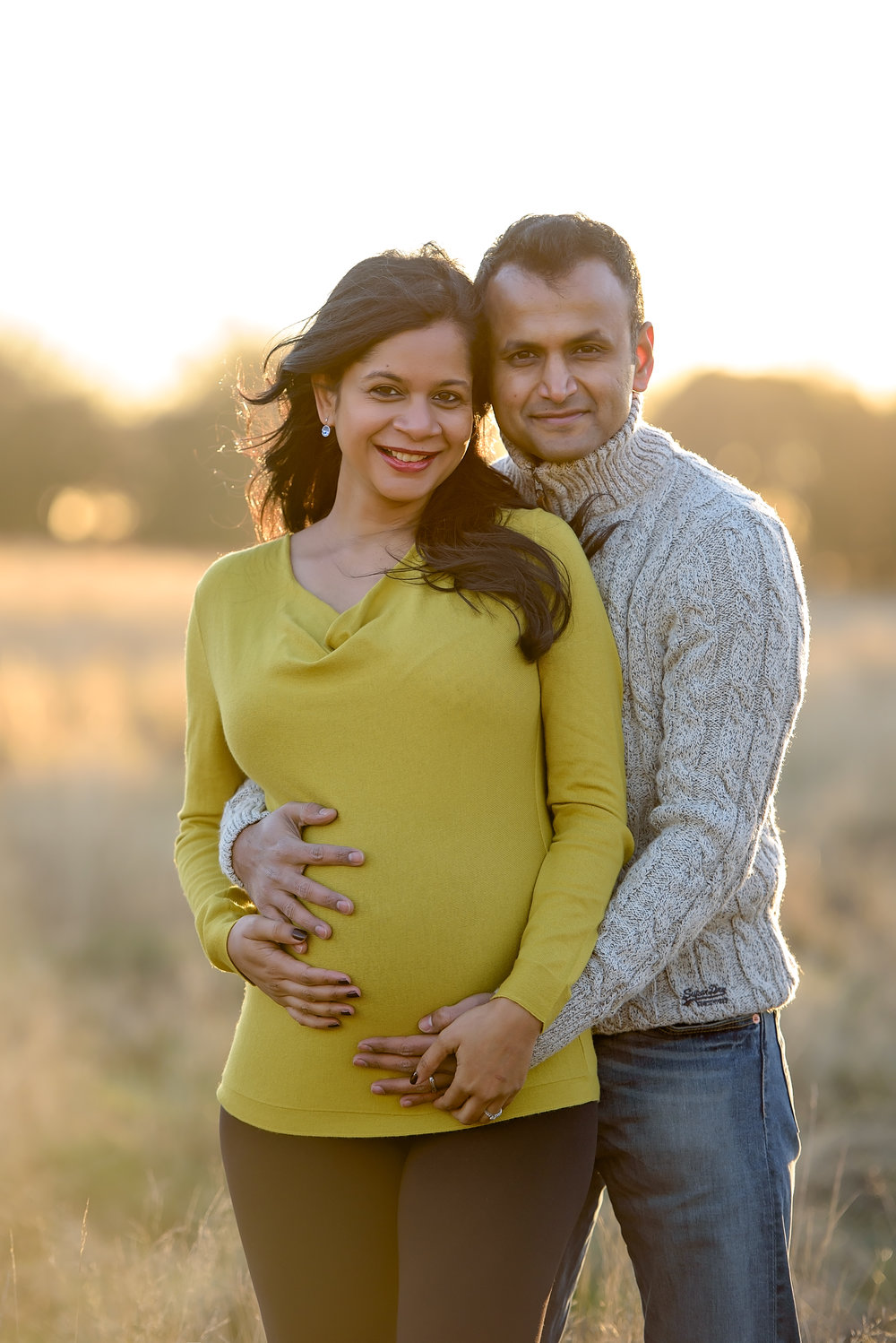 Romantic pregnancy photoshoot