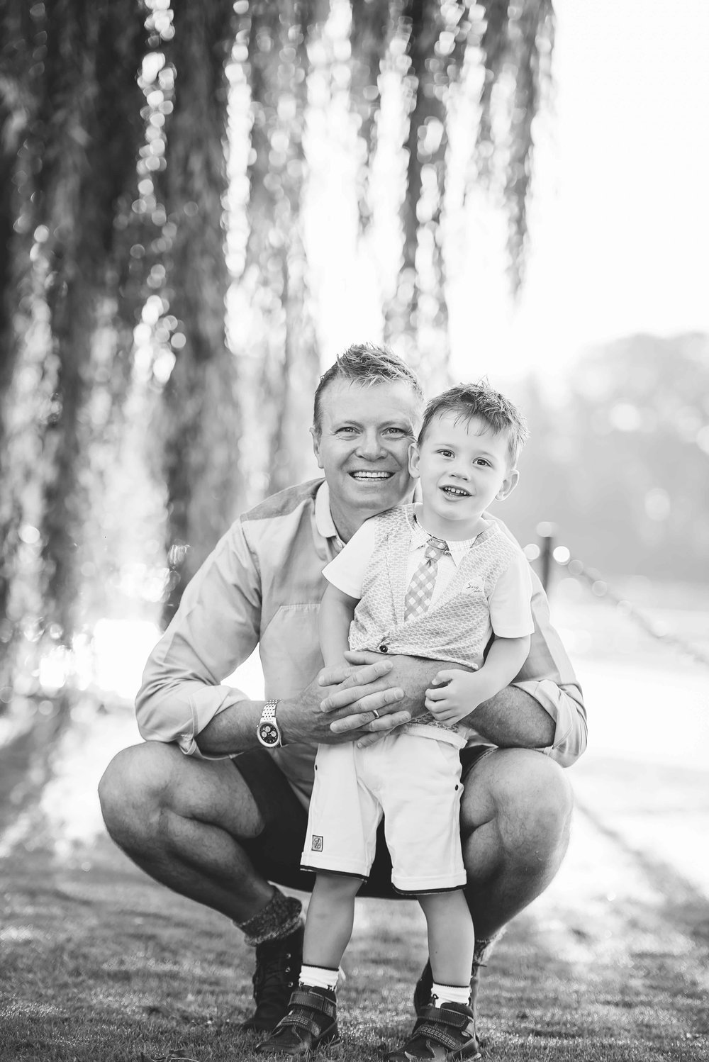 Black and white family photography Chiswick