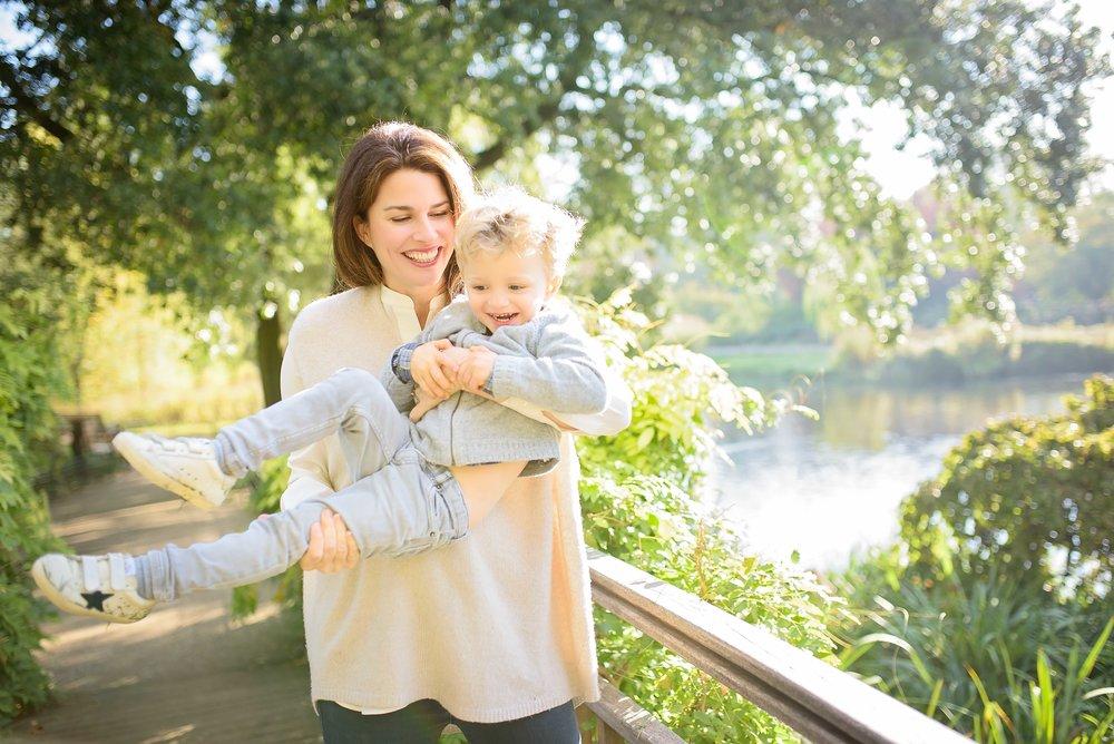 Regent's Park family photoshoot