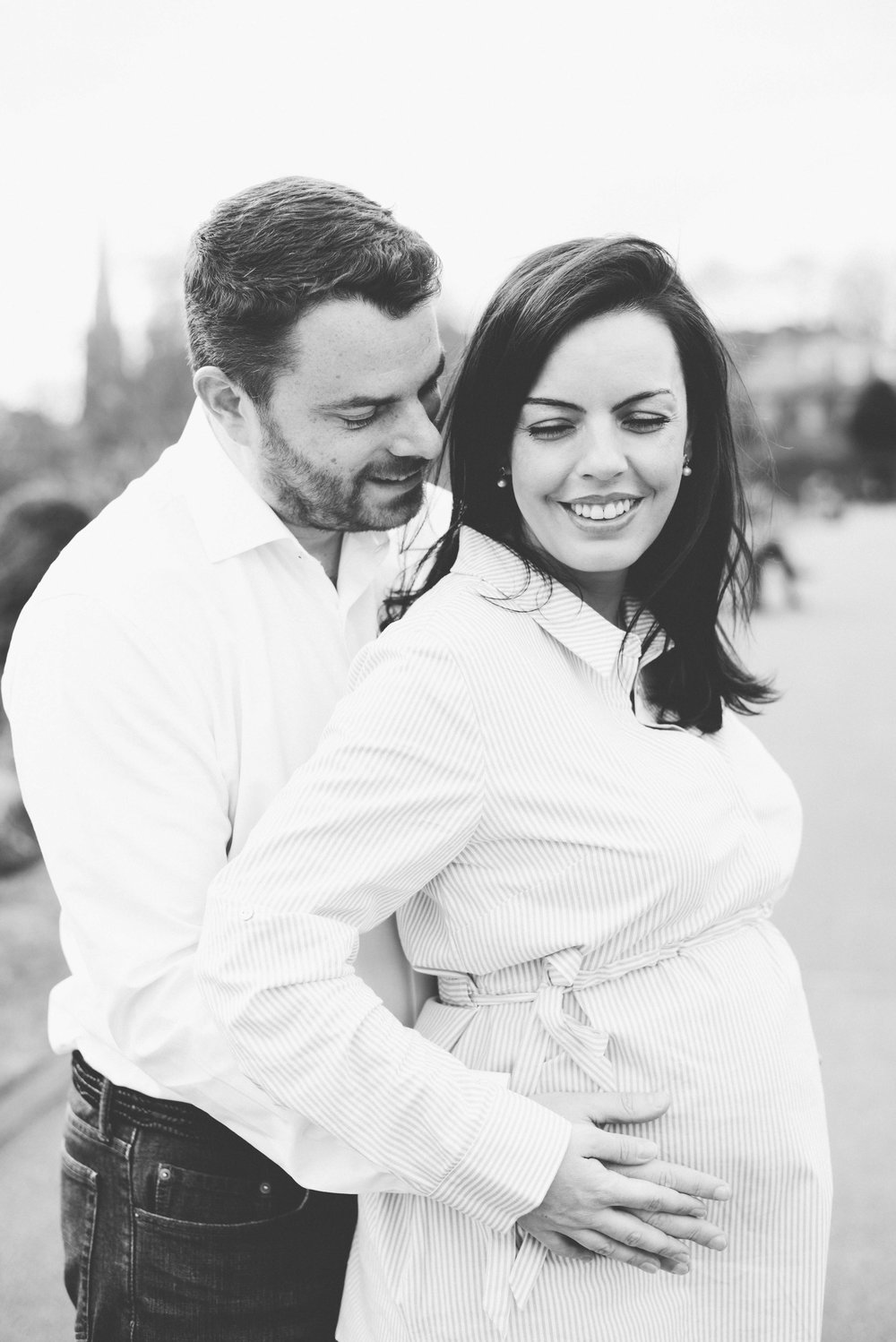 Best pregnancy photographers in UK