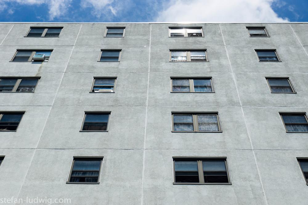 GreyBuilding-04822.jpg