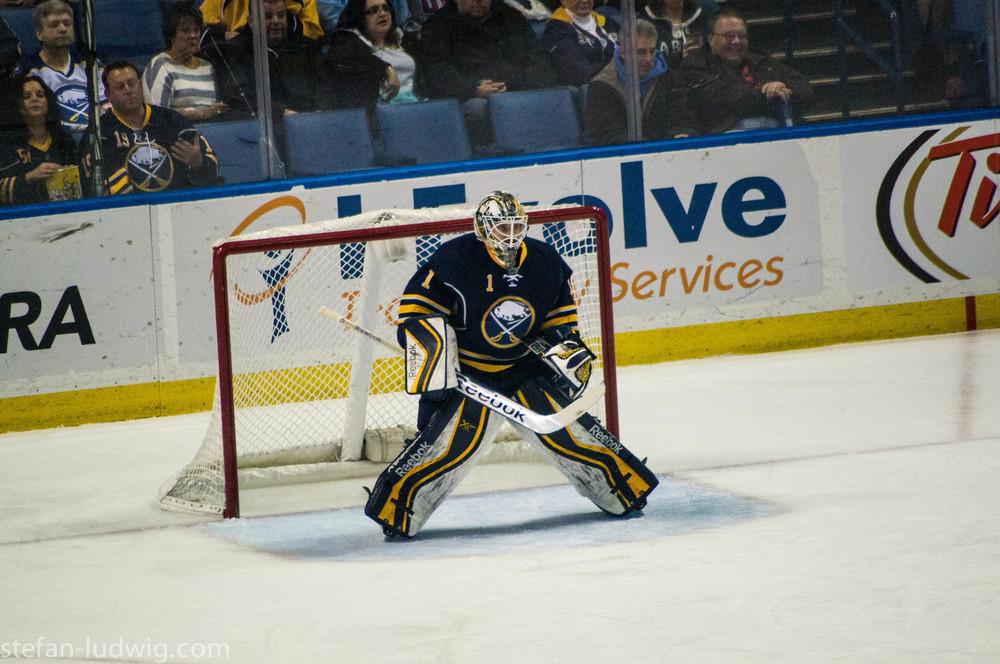 IcehockeySabres-07189.jpg