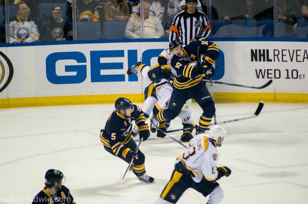 IcehockeySabres-07194.jpg