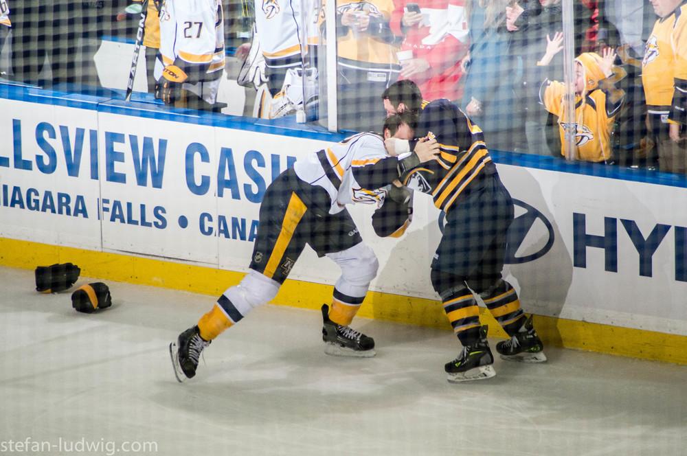 IcehockeySabres-07333.jpg
