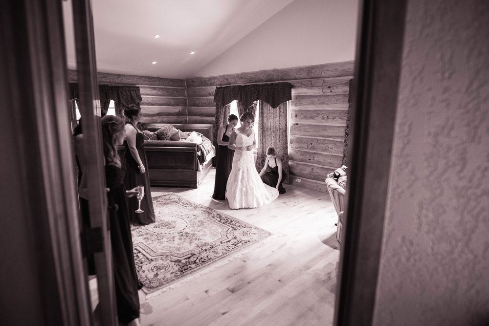 Blog-Lisa-James-Wedding-at Rosebud Estate Weddings in Arcade NY by Stefan-Ludwig-Photography-Buffalo-NY-8-x.jpg