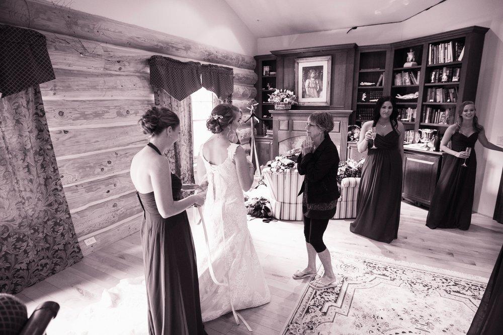 Blog-Lisa-James-Wedding-at Rosebud Estate Weddings in Arcade NY by Stefan-Ludwig-Photography-Buffalo-NY-9-x.jpg