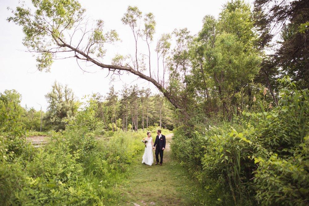 Jessica-and-Derek-Wedding-at-Tonawanda-Castle-by-Stefan-Ludwig-Photography-Buffalo-NY-384-x.jpg