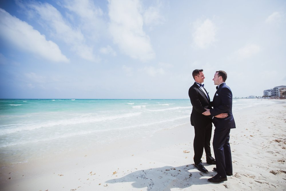 Justin-and-Bill-Wedding-Cancun-Mexico-by-Stefan-Ludwig-Photography-Buffalo-NY-81-x.jpg