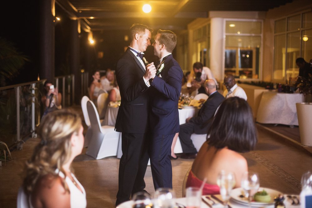 Justin-and-Bill-Wedding-Cancun-Mexico-by-Stefan-Ludwig-Photography-Buffalo-NY-438-x.jpg