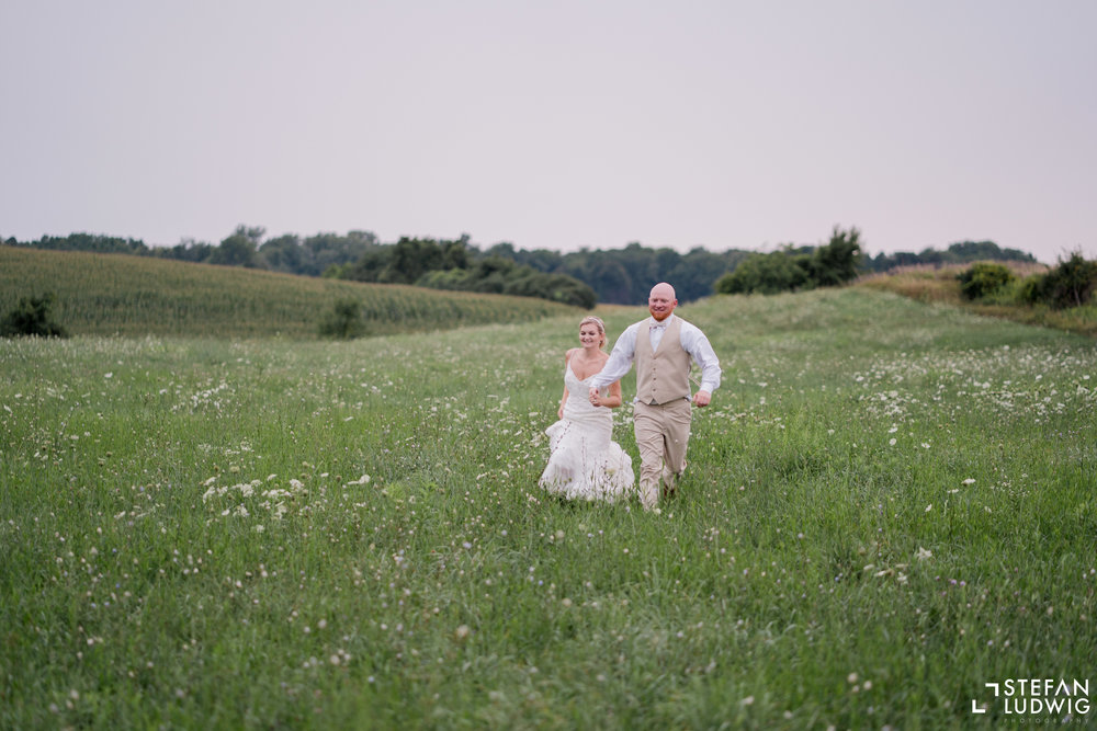 Blog Chelsea and Beau Wedding Photography at Gallagher Barn in Gasport NY by Stefan Ludwig Photography -85.jpg
