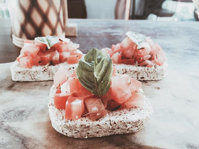 raw bruschetta 🙌🏼😋