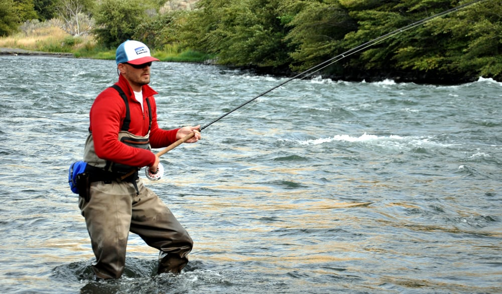 Deschutes river fly fishing camping float trips river for Best fly fishing raft