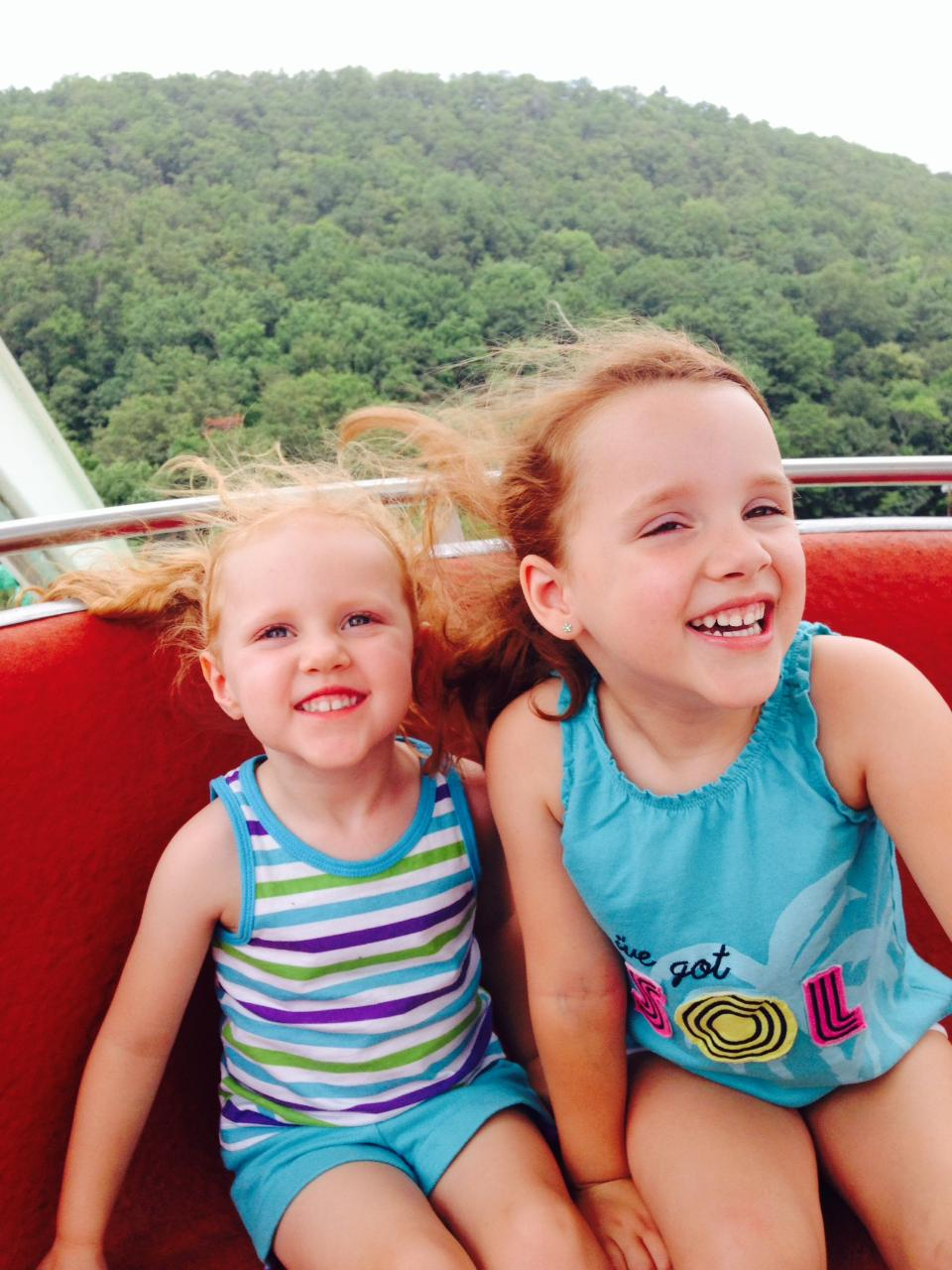 The Bonner girls taking in the scenery on the Ferris Wheel.