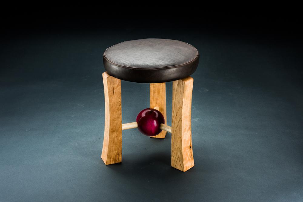 Low sphere stool