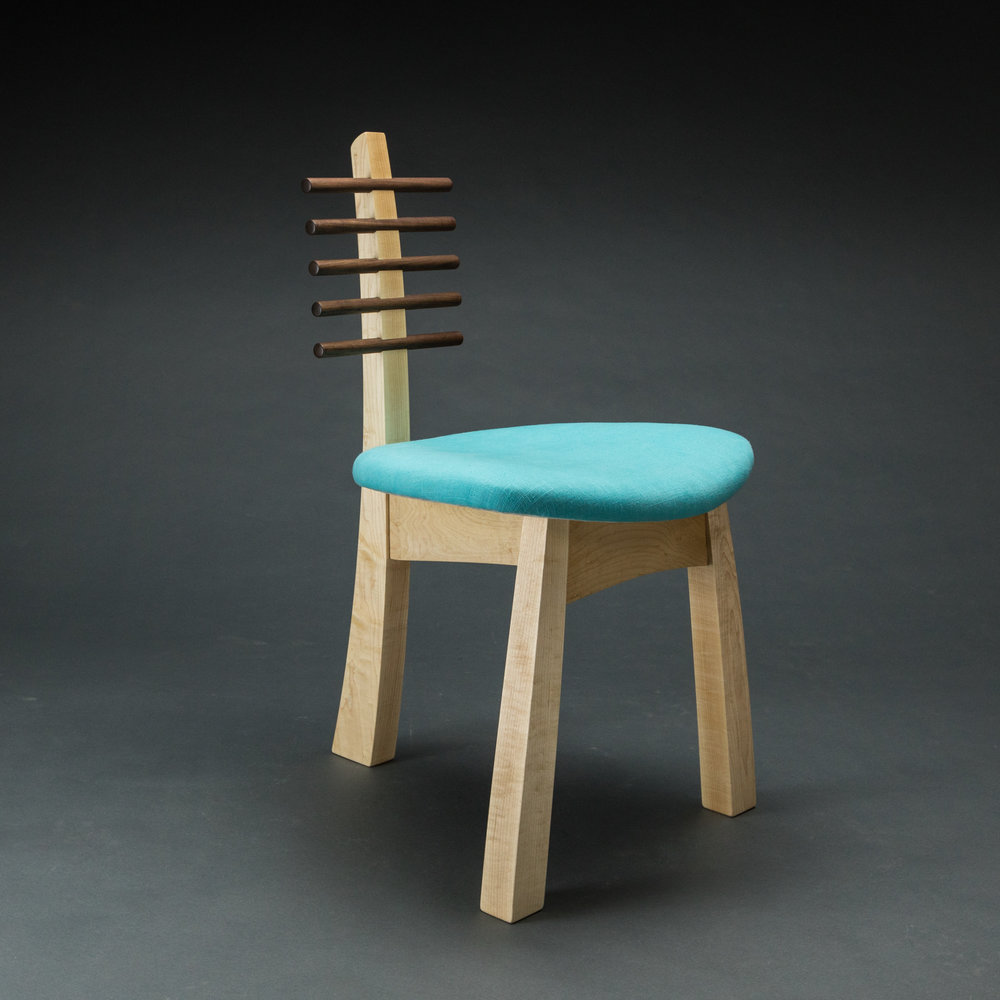 Tripod chair 2017