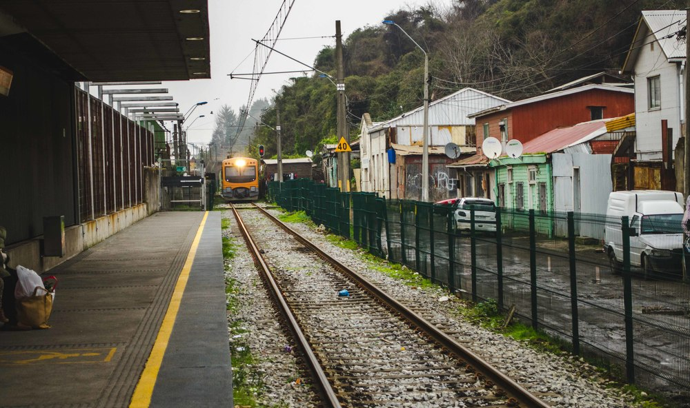 Metro pulling into the Talcahuano station // 23rd july