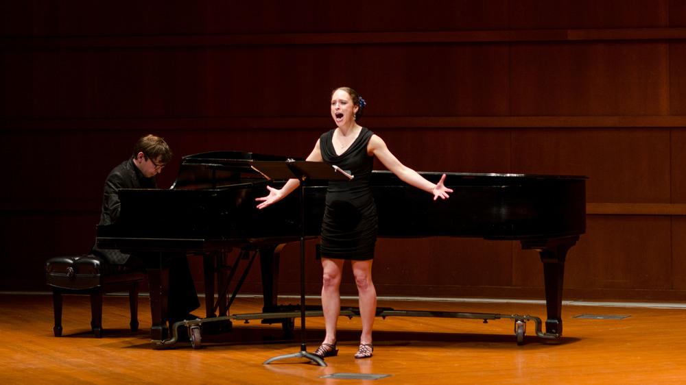 Pianist Sasha Burdin and Vocalist Nisa Neher.