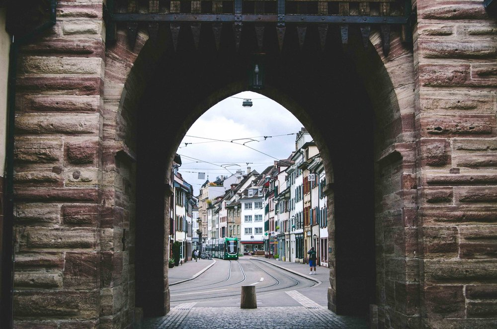 Looking through the Gate of Spalen
