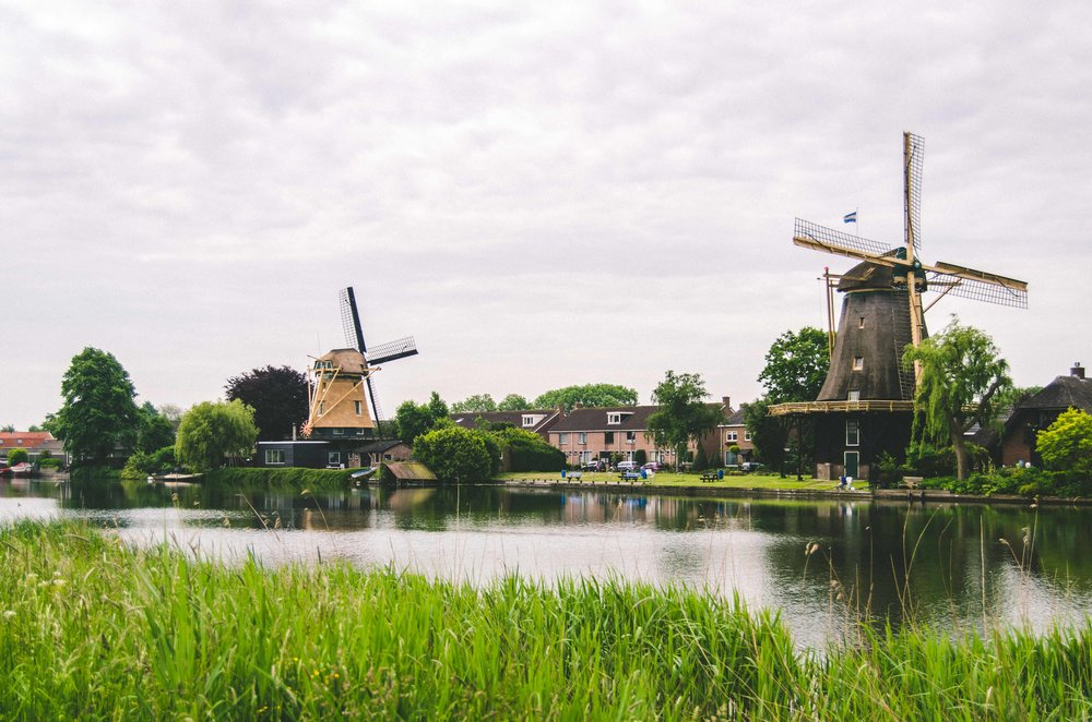 Cycling towards the old fort, passing windmills
