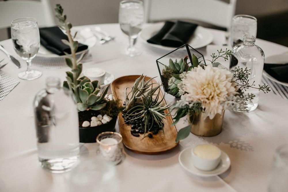 Modern-Black-and-White-Blanc-Denver-Colorado-Wedding-22.jpg