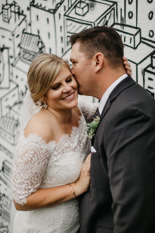 Modern-Black-and-White-Blanc-Denver-Colorado-Wedding-26.jpg