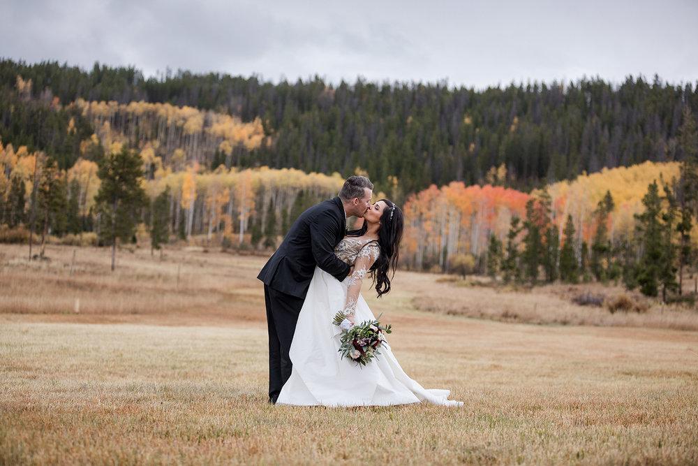 Rustic-Elegant-Mountain-Wedding-16.jpg