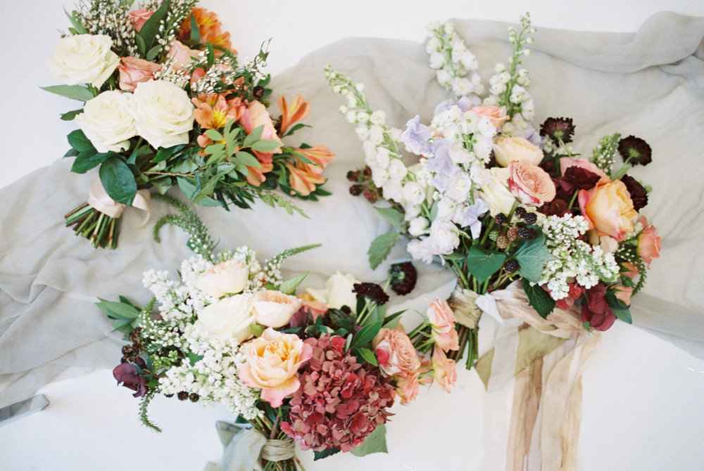 The most important things to know about bridal bouquet pricing with The Styled Soiree, Sara Lynn Photo, and Emma Lea Floral