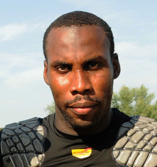 "Anquan Boldin, San Francisco 49ers' wide receiver, believes with Shakespeare's Polonius, ""To thine own self be true."" Photograph by U.S. Air Force Staff Sgt. Benjamin Hughes."