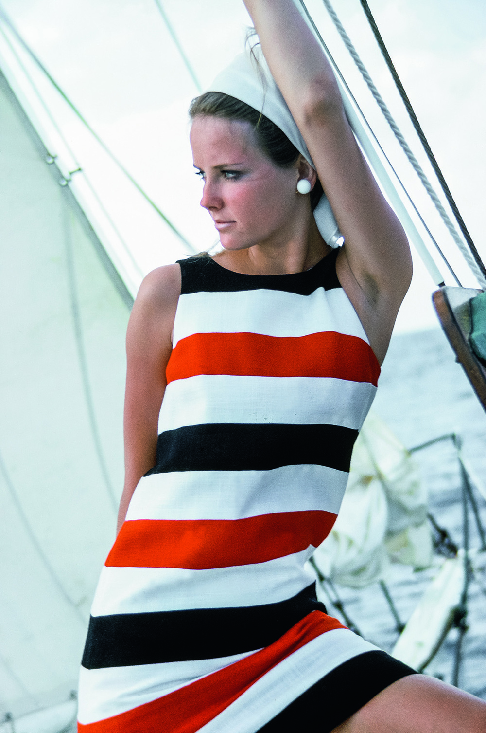 © The Stylish Life - Yachting, published by teNeues, www.teneues.com. Cheryl Tiegs Sailing in Striped Sheath Dress, Photo © Condé Nast Archive/Corbis.