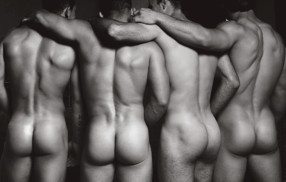 © Dieux du Stade by Fred Goudon, published by teNeues, www.teneues.com. Christophe Clavier, Jordan Amoros, Loic Pietri, Vincent Vallée, © 2015 Fred Goudon & STADE SAS. All rights reserved.