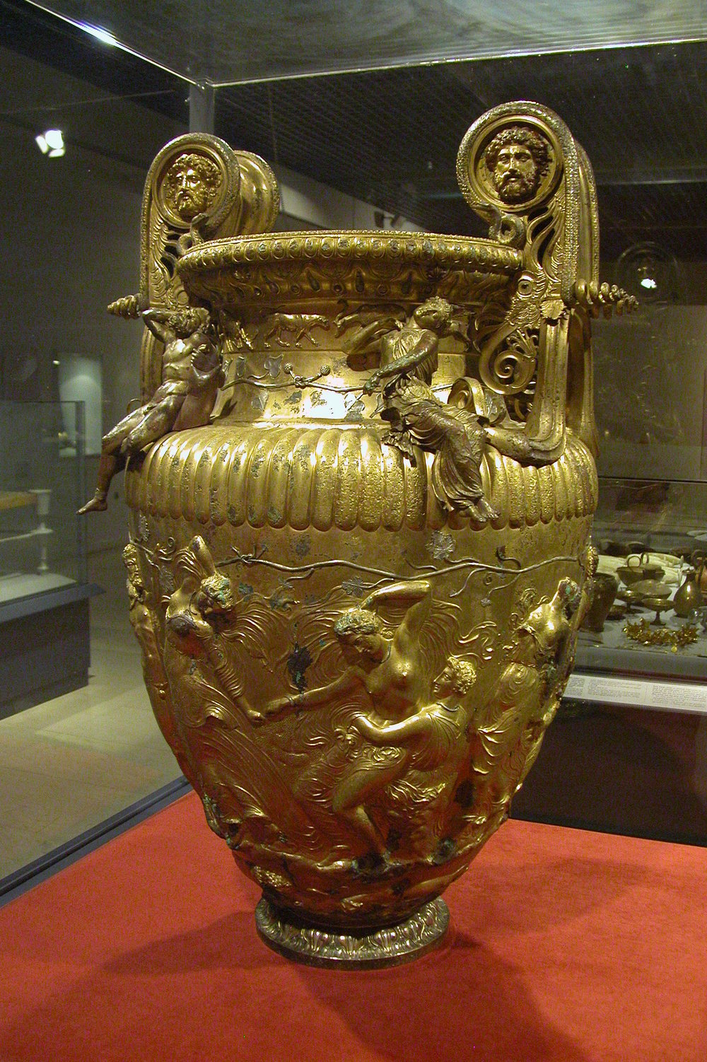 The Derveni Krater, Archaeological Museum of Thessaloniki. © Michael Greenhalgh