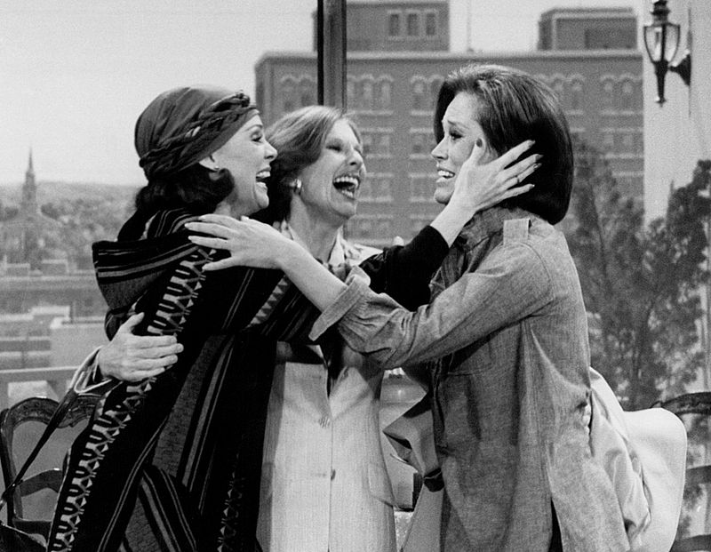"""Valerie Harper as Rhoda, Cloris Leachman as Phyllis and Mary Tyler Moore in the 1977 final episode of """"The Mary Tyler Moore Show."""""""
